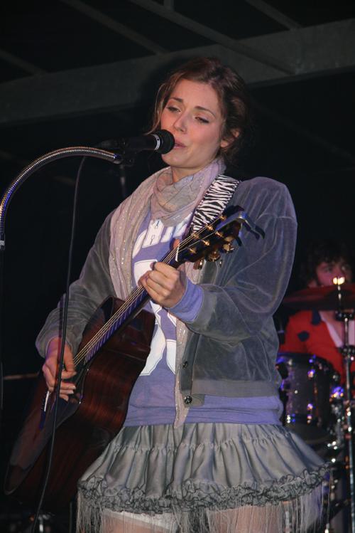 PHOTOS (Tournée 2009-2010 et show case 2011) 7