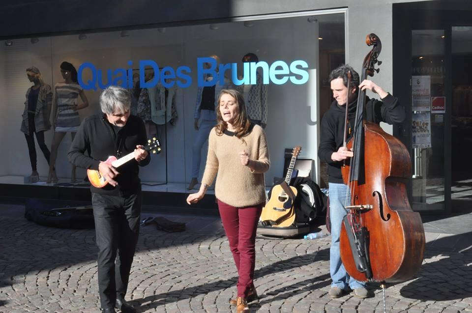 Show case en préambule à l 'album : Première date  :Mulhouse le 6 Mars 2015 1